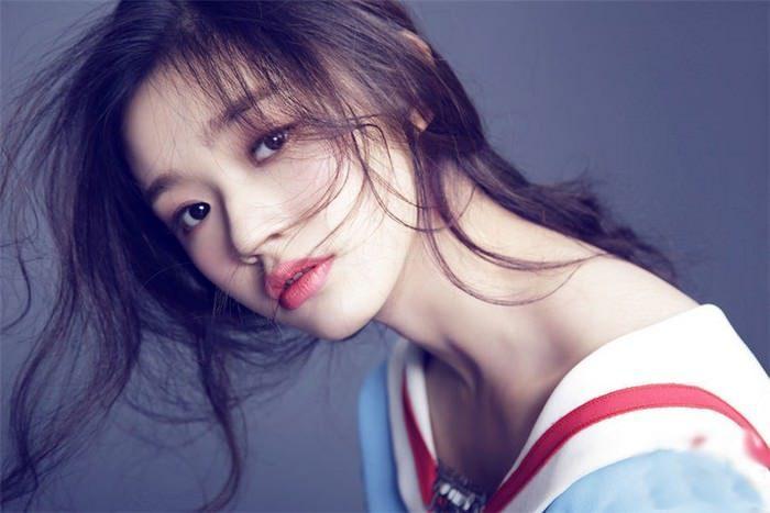 Обворожительная китайская актриса Лин Юнь. \ Фото: thethus.com.