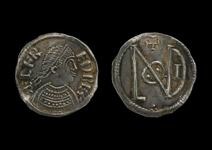Тетрадрахма Зенобии, отчеканенная в Александрии, 271-72 гг. н.э. \ Фото: twitter.com.