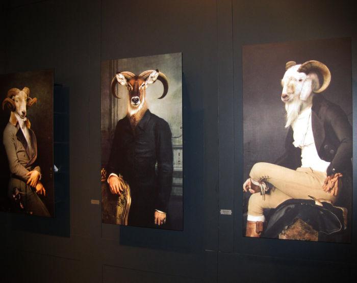 Шкафы с изображением животных. Автор: Rachel and Benoit Convers.