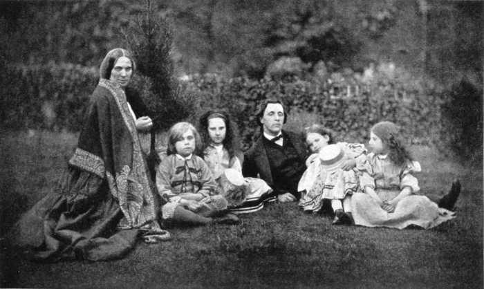 Льюис Кэрролл и семейство Лидделл.