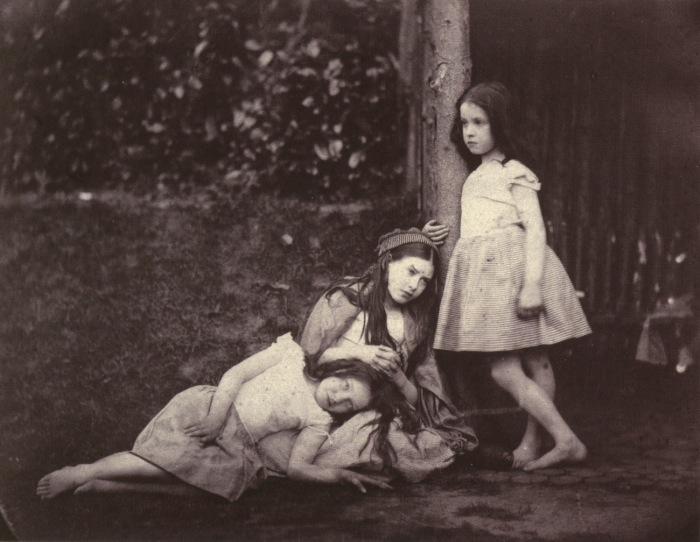 Фотография девочек.