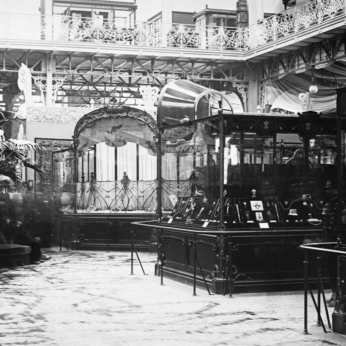 Стенд Рене Лалика на Всемирной выставке в Париже, 1900 год, Париж, музей декоративных искусств. \ Фото: tumbral.com.