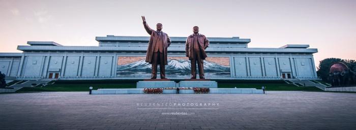 Великий монумент Мансудэ. Автор фото: Reuben Teo.