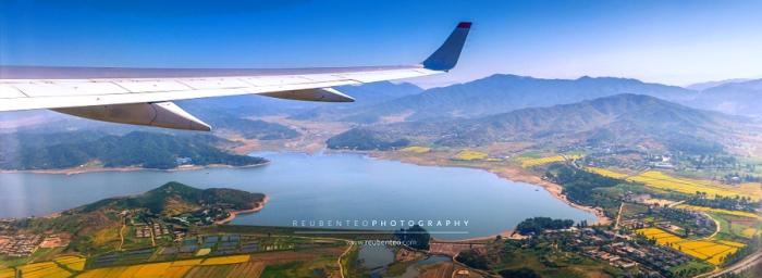 Вид с воздуха на Северную Корею. Автор фото: Reuben Teo.