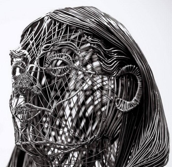 Портрет девушки. Автор: Roberto Fanari.
