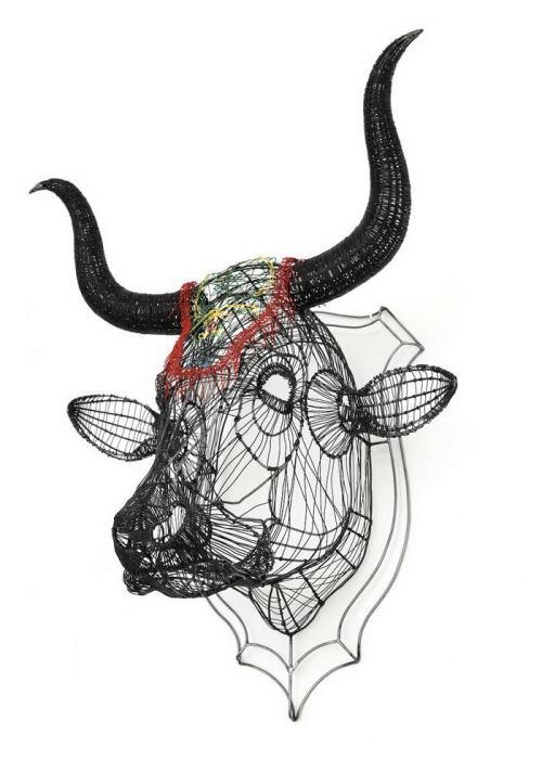 Голова быка. Автор: Roberto Fanari.