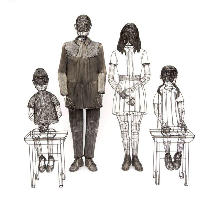 Семья. Автор: Roberto Fanari.