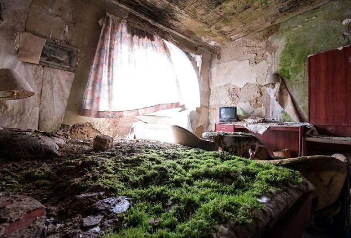 Заброшенная комната.