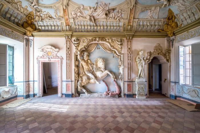 Героический дом в Италии. Автор: Roman Robroek.
