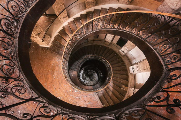 Винтовая лестница. Автор: Roman Robroek.