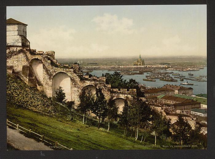 Вид с крепостного вала Кремля, Нижний Новгород.