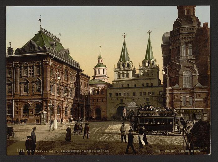 И́верские ворота Китай-города, Москва.