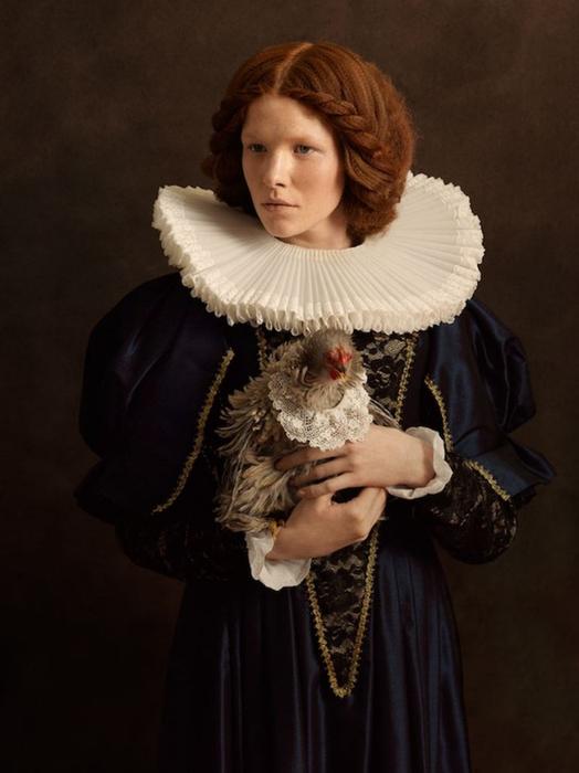 Портрет женщины в стиле фламандской живописи. Автор фото: Sacha Goldberger.