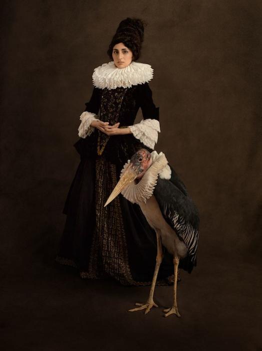 Элегантная женщина. Автор фото: Sacha Goldberger.