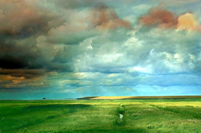 Облачный день на море. Автор: Sandra Roeken.