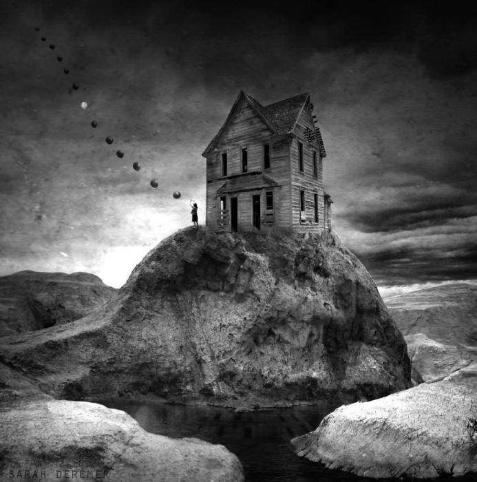 Дом на краю бездны. Автор работ: Сара Деремер (Sarah Deremer).