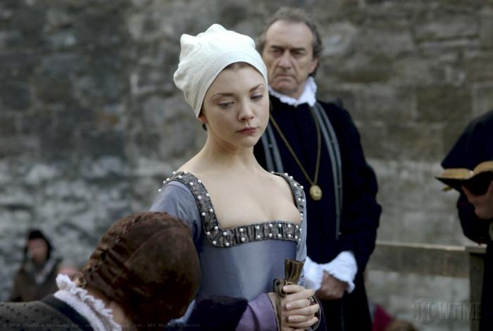 Казнь Анны Болейн, кадр из сериала «Тюдоры». \ Фото: google.com.ua.