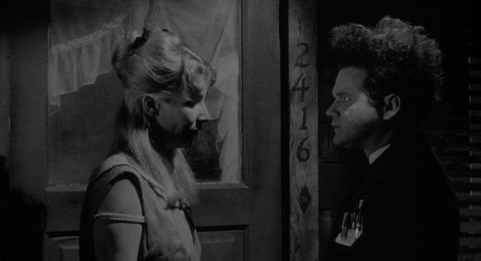 Кадр из фильма Голова-ластик.