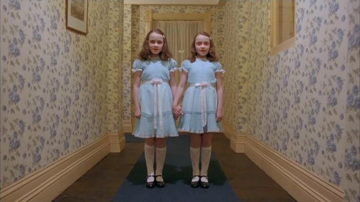 Те самые пугающие близнецы.