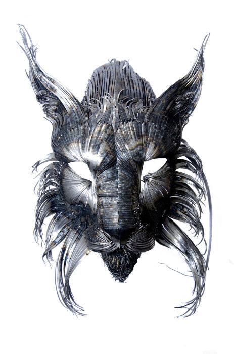 Стальная маска. Рысь. Автор работ: Сельчук Йылмаз.