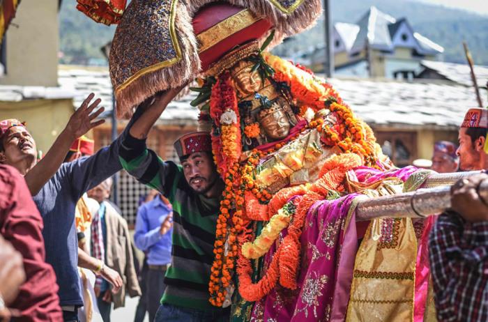 Праздничные статуи. Автор: Shikha Sood.