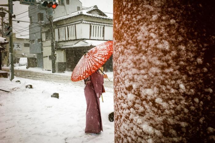 Снегопад в Токио. Автор: Shin Noguchi.