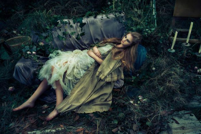 Спящая красавица. Автор: Shinji Watanabe.
