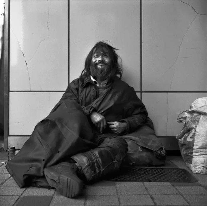 На улицах Японии. Автор фото: Шинья Аримото (Shinya Arimoto).
