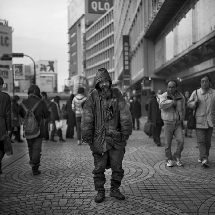 Бездомные Японии. Автор фото: Шинья Аримото (Shinya Arimoto).
