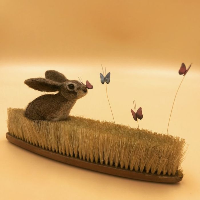 Бабочка на носу. Автор: Simon Brown.