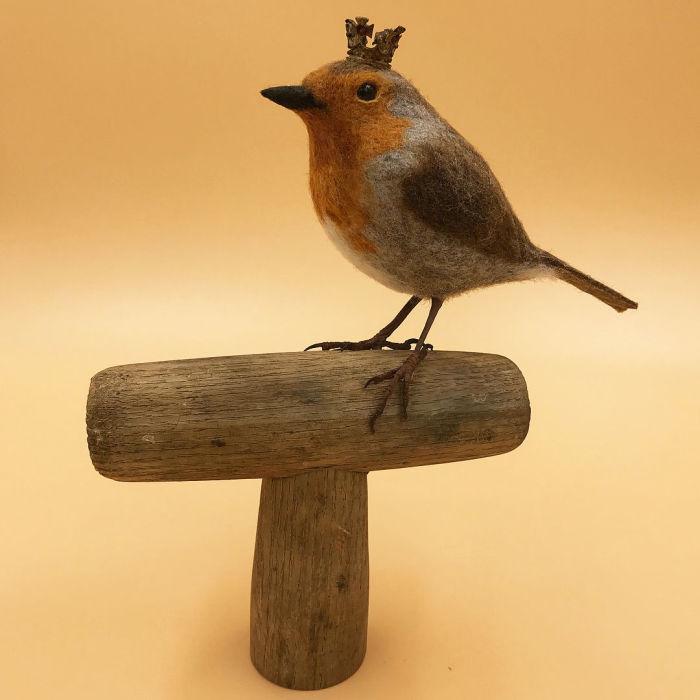 Маленькая войлочная птичка. Автор: Simon Brown.