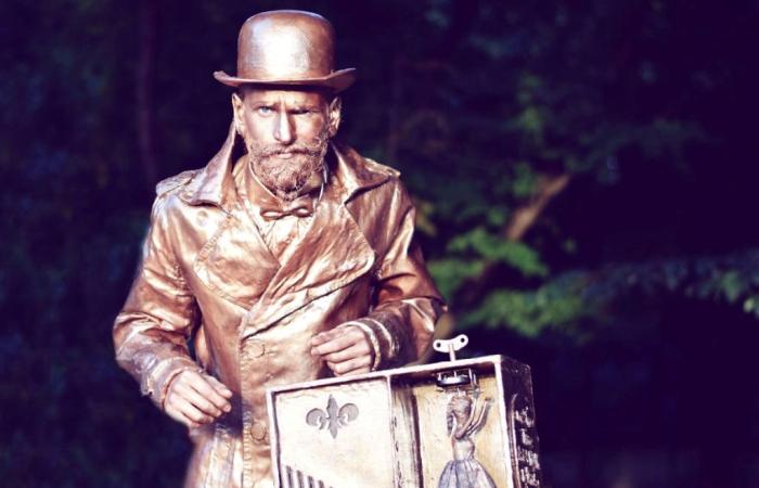 Живые статуи на улицах Бухареста. Автор: Sneaky Fox.