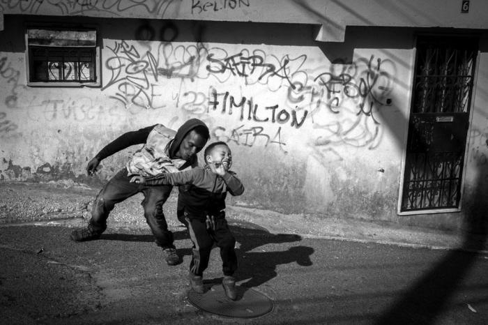 Детство. Автор: Rui Palha.
