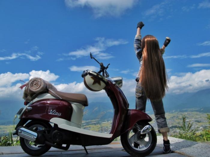 Аниме героины в работах Suzuhico и AZURE.