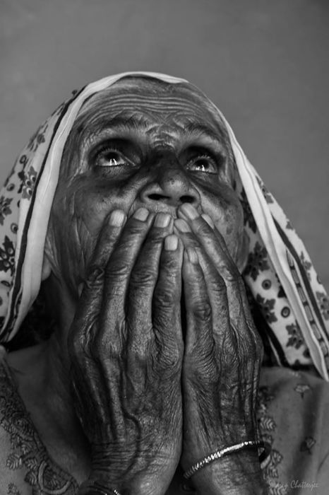 Понимая Бога, Барсана, Индия. Автор: Swarup Chatterjee.