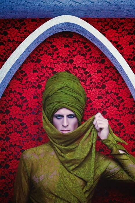 Покоряя вершины мировой моды: Стильный календарь от индийского фешн гуру