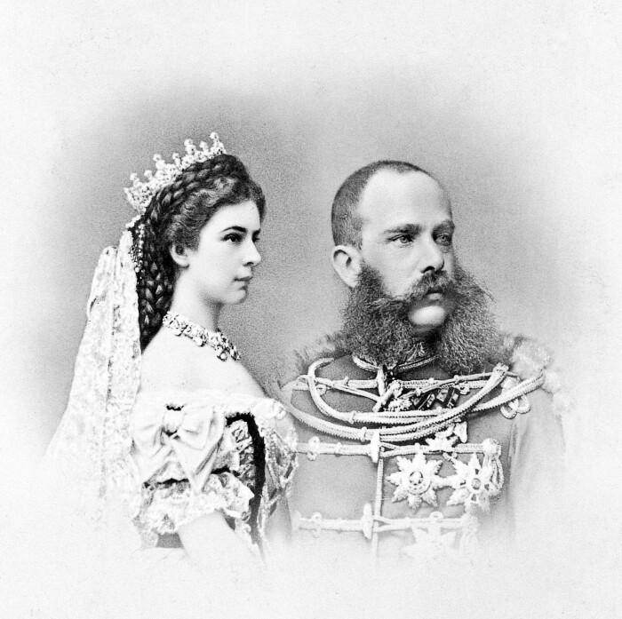 Елизавета и Франц-Иосиф. \ Фото: gloria.hr.