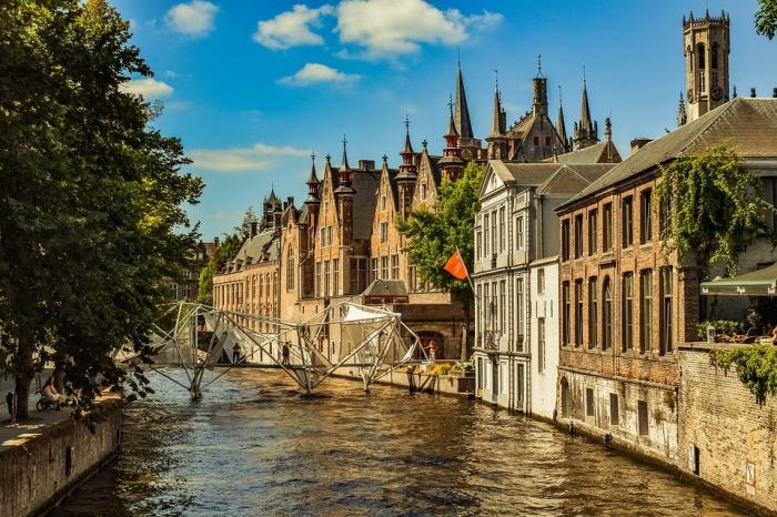 Чарующий средневековый городок, который будто законсервировался в XV столетии.