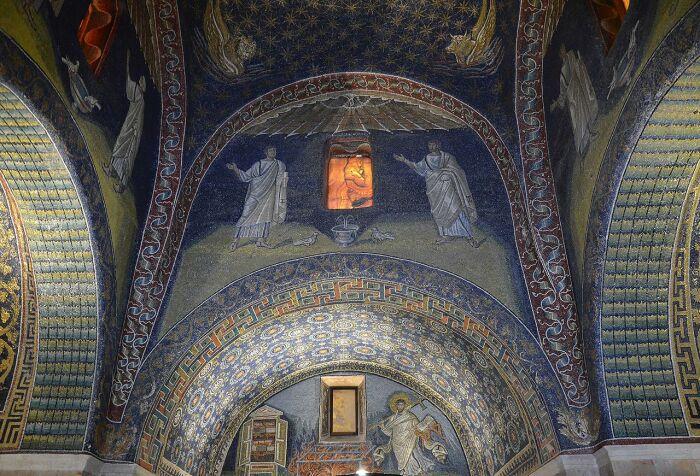 Вид мозаики в мавзолее Галлы Плацидии. \ Фото: commons.wikimedia.org.
