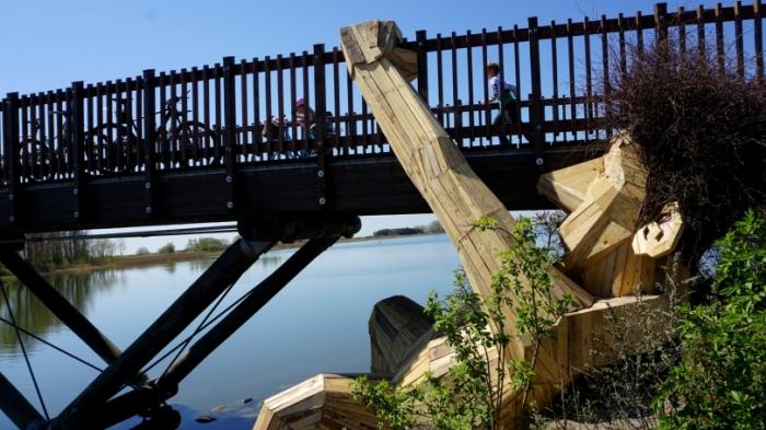 Оскар под мостом, Копенгаген. Автор: Thomas Dambo.