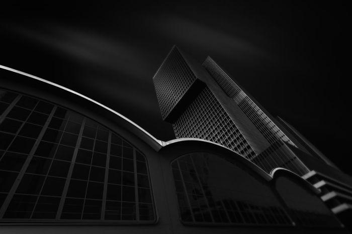 Необычный небоскрёб, Роттердам. Автор: Tobias Gawrisch.
