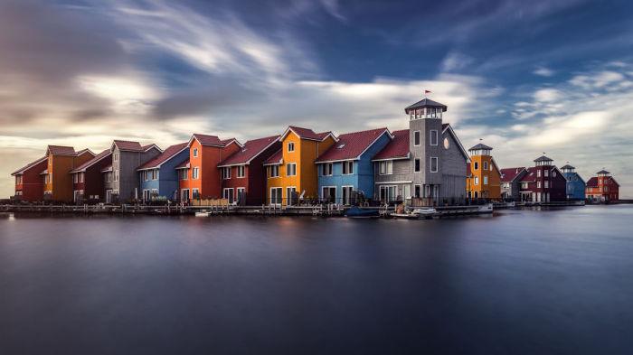 Разноцветные домики Гронингена. Автор: Tobias Gawrisch.