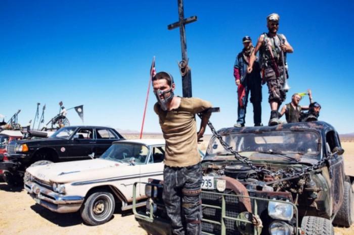 Wasteland: фестиваль в стиле «Безумного Макса». Автор: Tod Seelie.