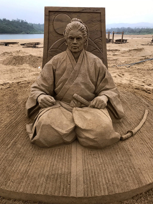 Миямото Мусаси. Автор: Toshihiko Hosaka.