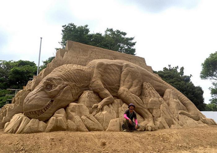 Динозавр. Автор: Toshihiko Hosaka.