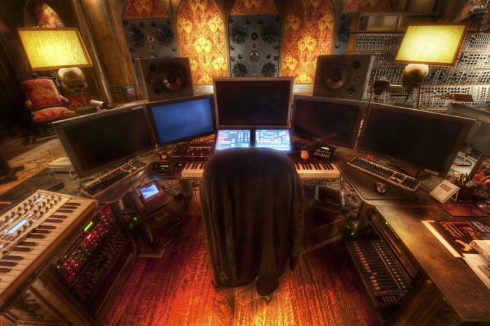 Обитель хакера. Автор фото: Trey Ratcliff.