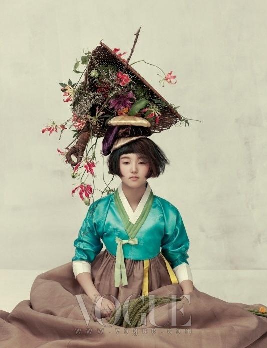 Чувственность. Фотосессия Vogue Корея.