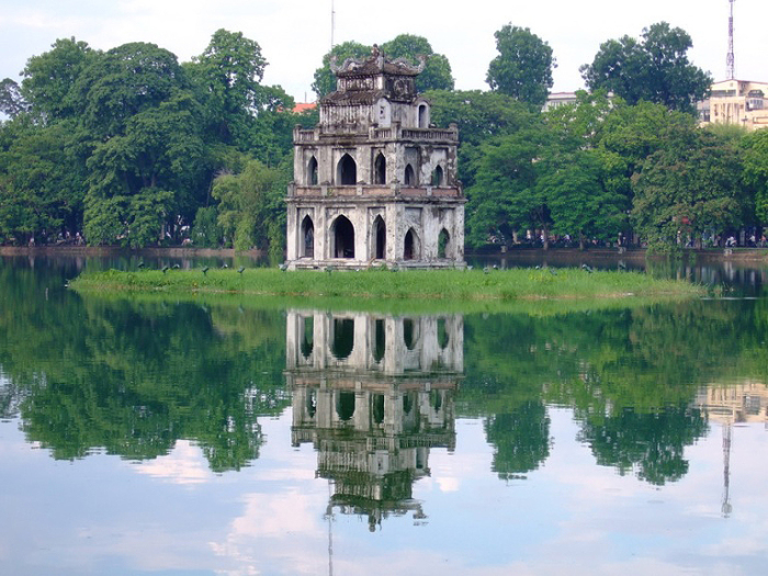 Пагода Гок-Сон. Храм черепахи. Ханой, Вьетнам.
