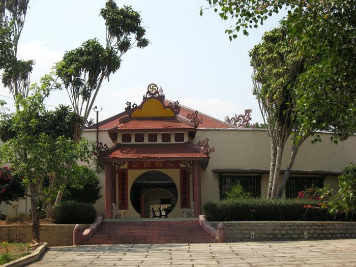 Пагода Минх-Нгует-Ку-Си-Лам, Вьетнам, Далат.