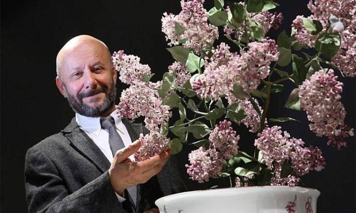 Фарфоровые цветы Владимира Каневского.